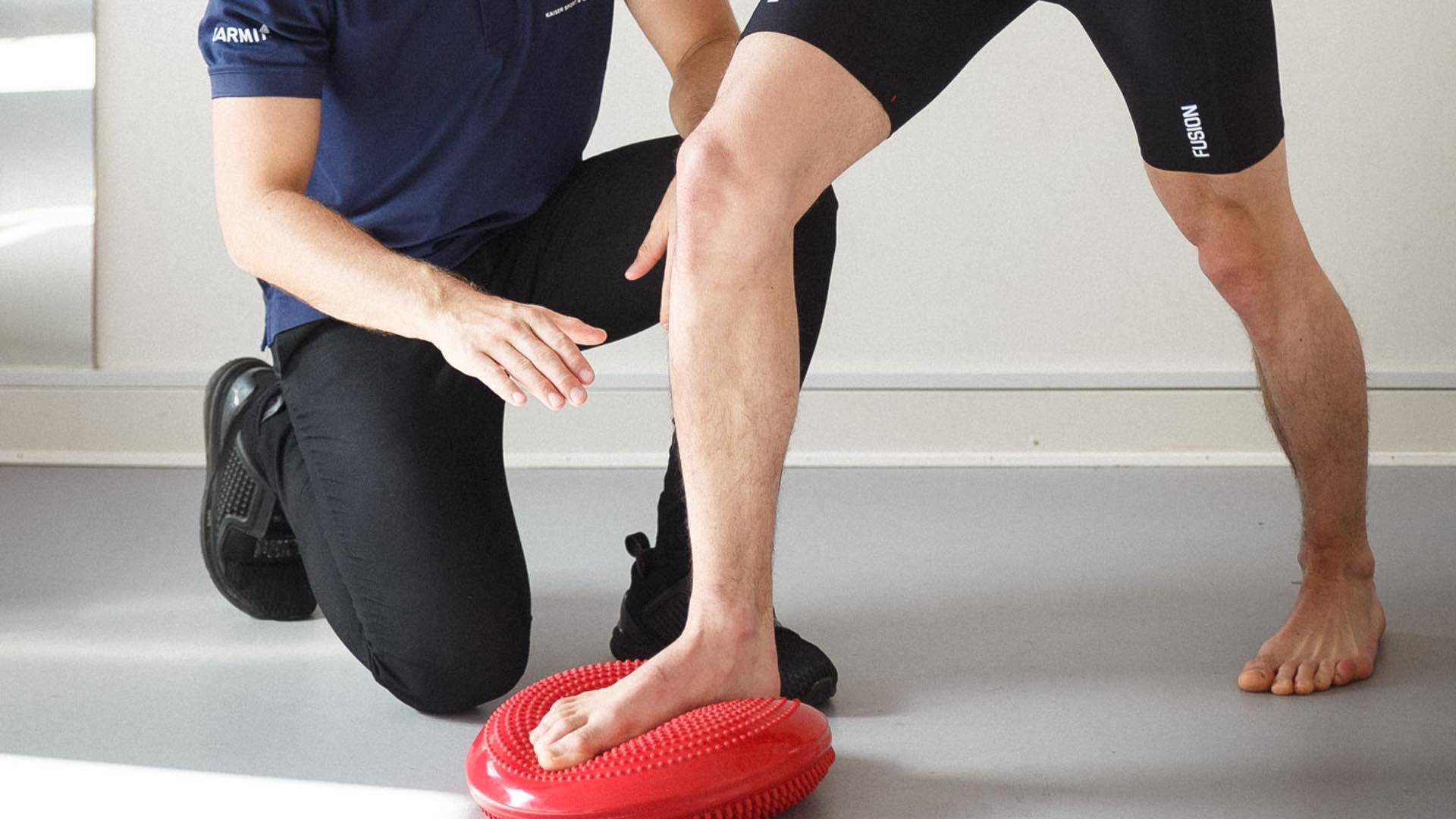 Forfodsfald, nedsunken forfod, ondt i forfoden under trædepuden, behandling