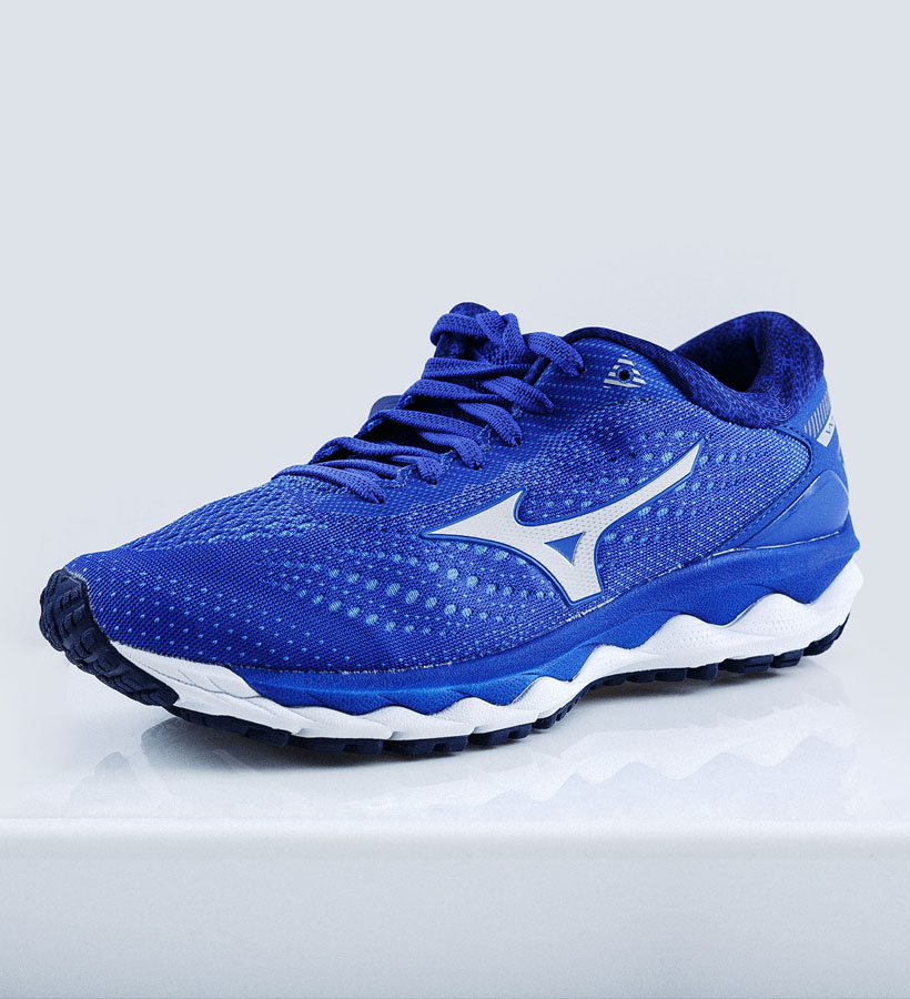 """<a href=""""https://kaisersport.dk/search?q=mizuno+wave+sky+3"""" style=""""color: #fff; font-weight:600;"""">MIZUNO WAVE SKY 3</a>"""